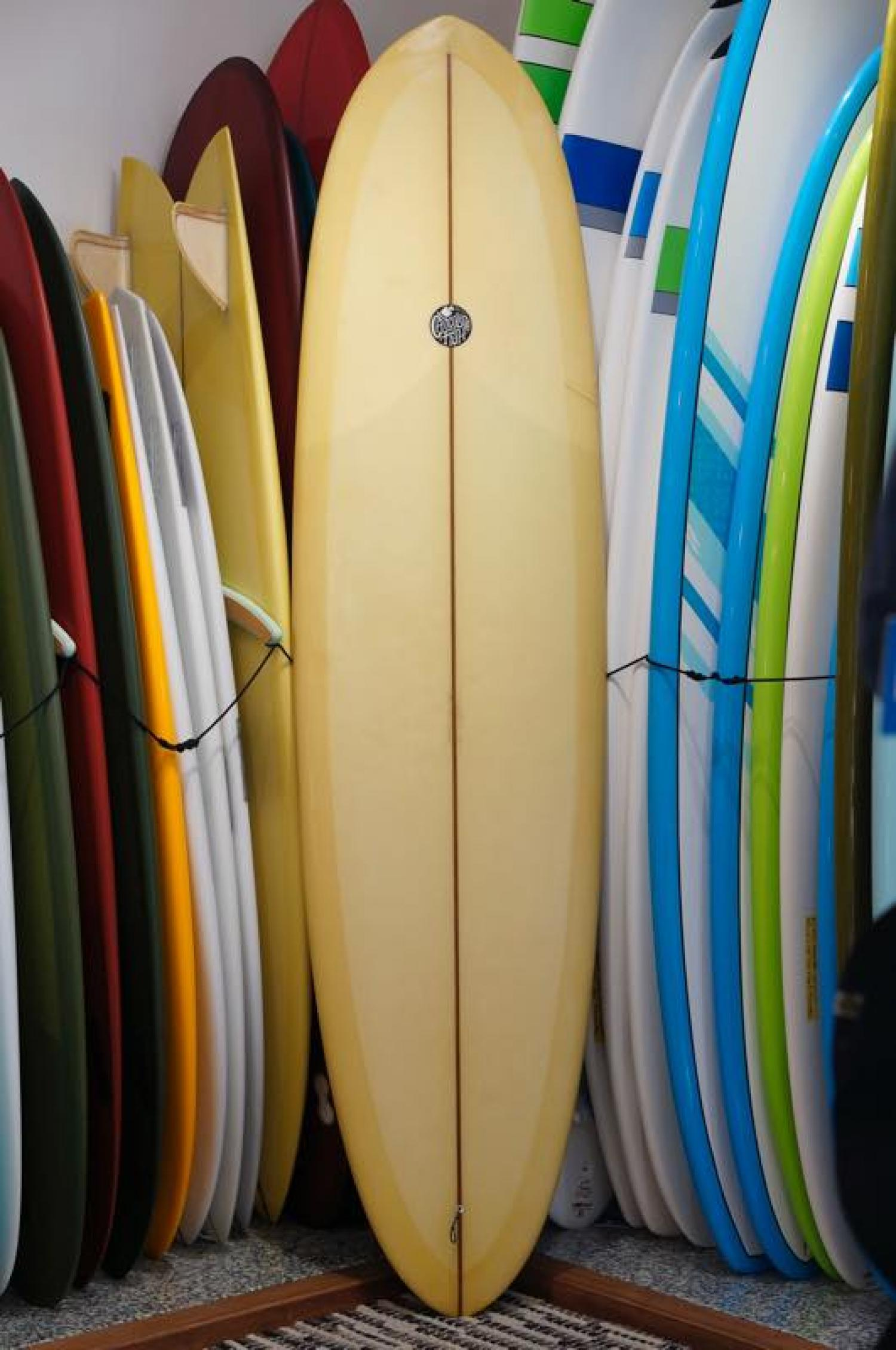USED BOARDS (Chocolate Fish Surfboards Seabass 7.8)