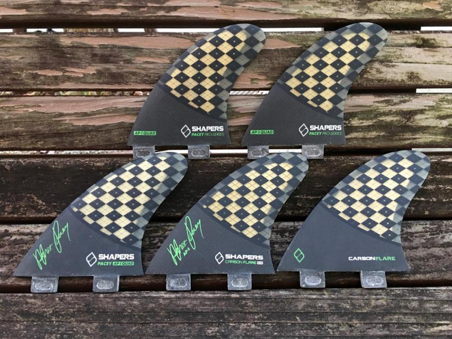 Shapers Fins CARBON FLARE AP 01 FCS Five Fin Set