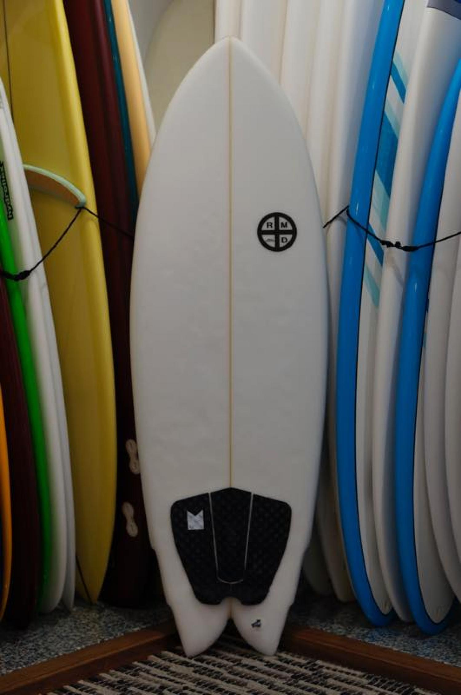 USED Boards (RMD SURFBOARDS 5.4 Hybrid Quad)