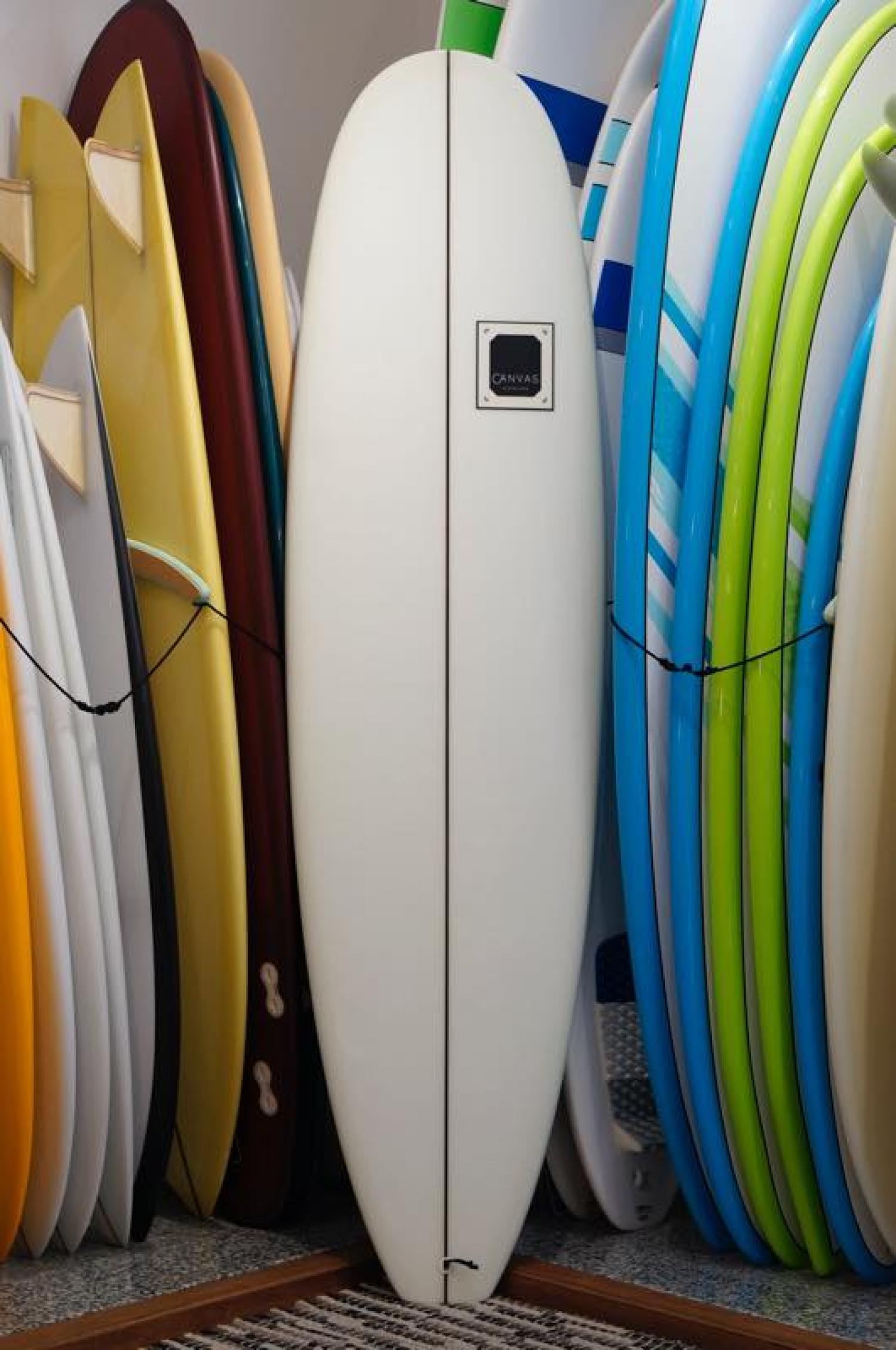 USED BOARDS (CANVAS MINI NOSERIDER 6.12 )