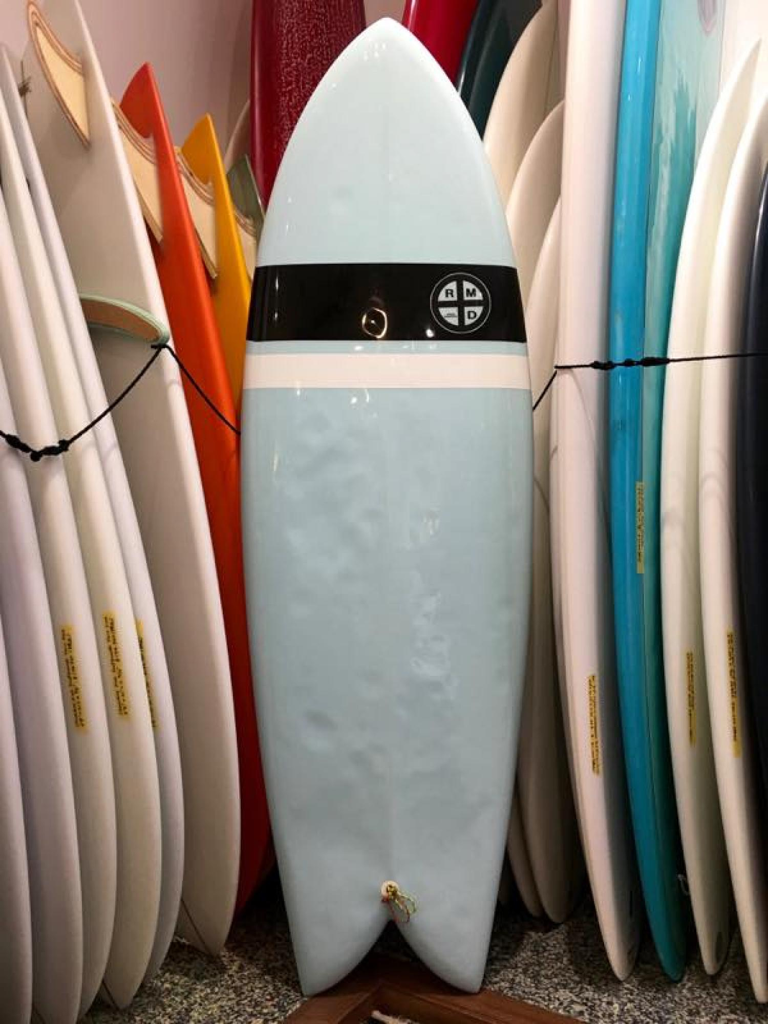USED BOARDS (RMD SURFBOARDS 5.7 Hybrid Twin)