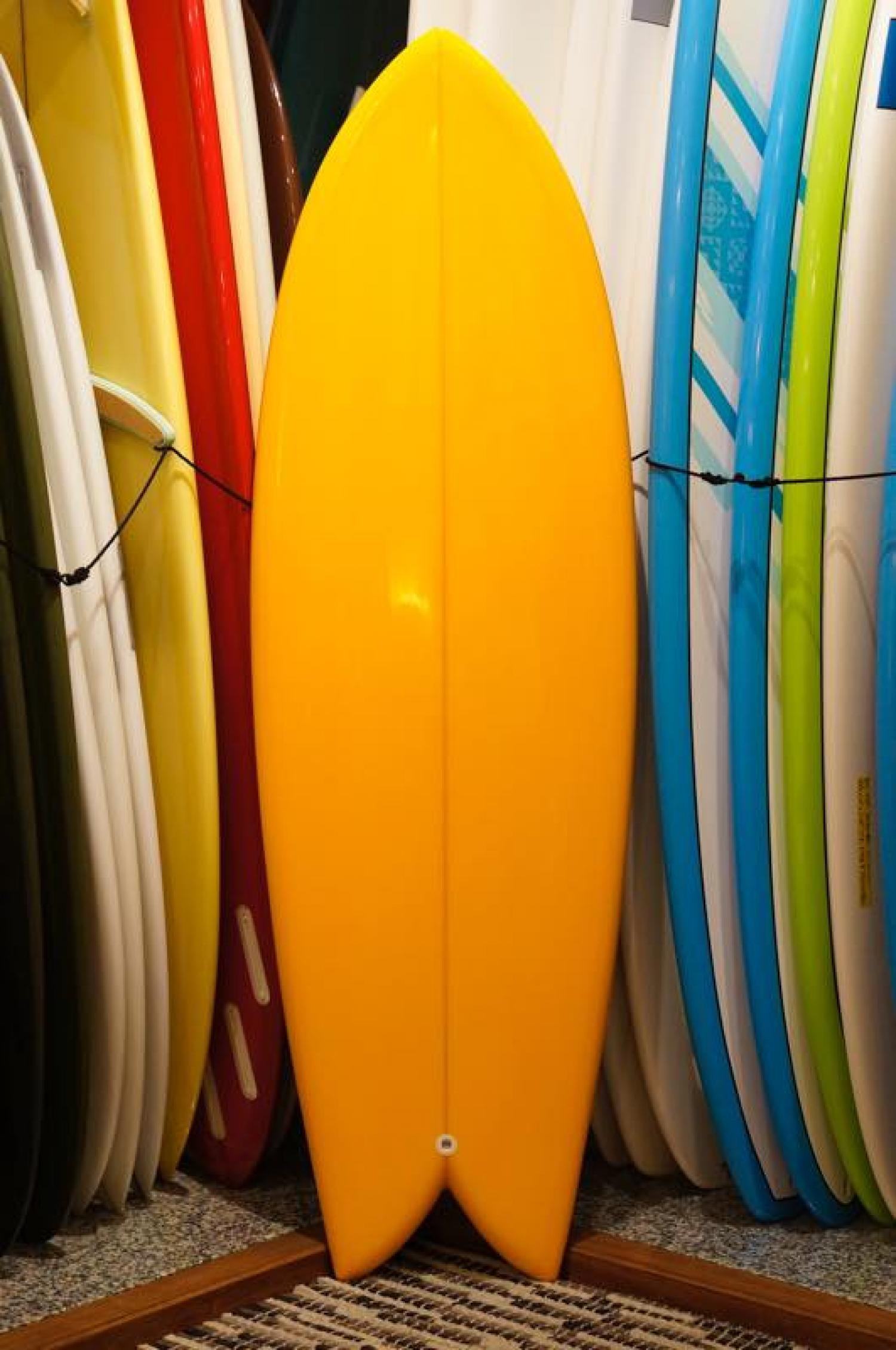 RMD SURFBOARDS 5.9 Hybrid Twin Yellow Tint