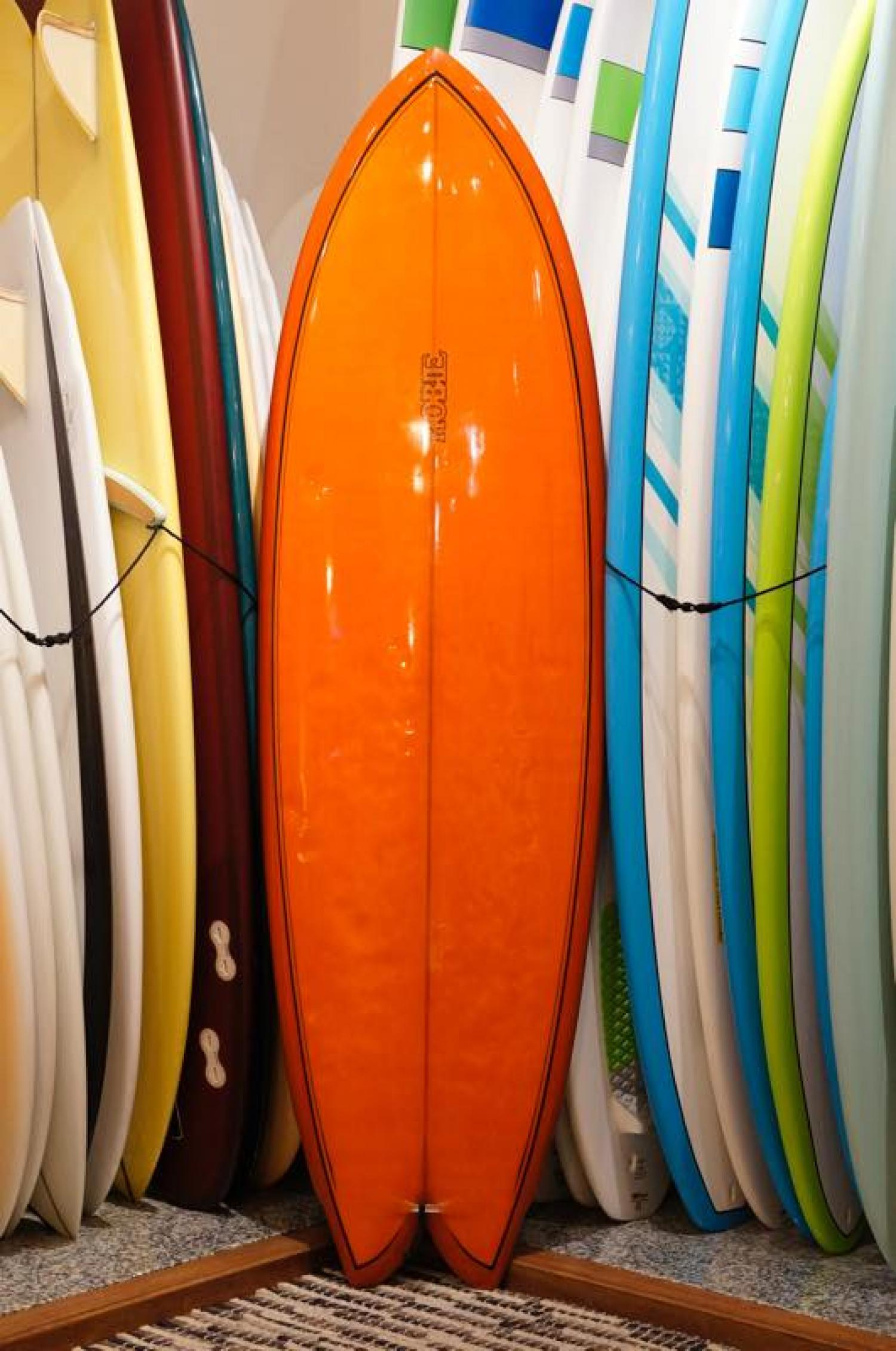 USED BOARDS (HOBIE SURFBOARDS C-4 6.4)