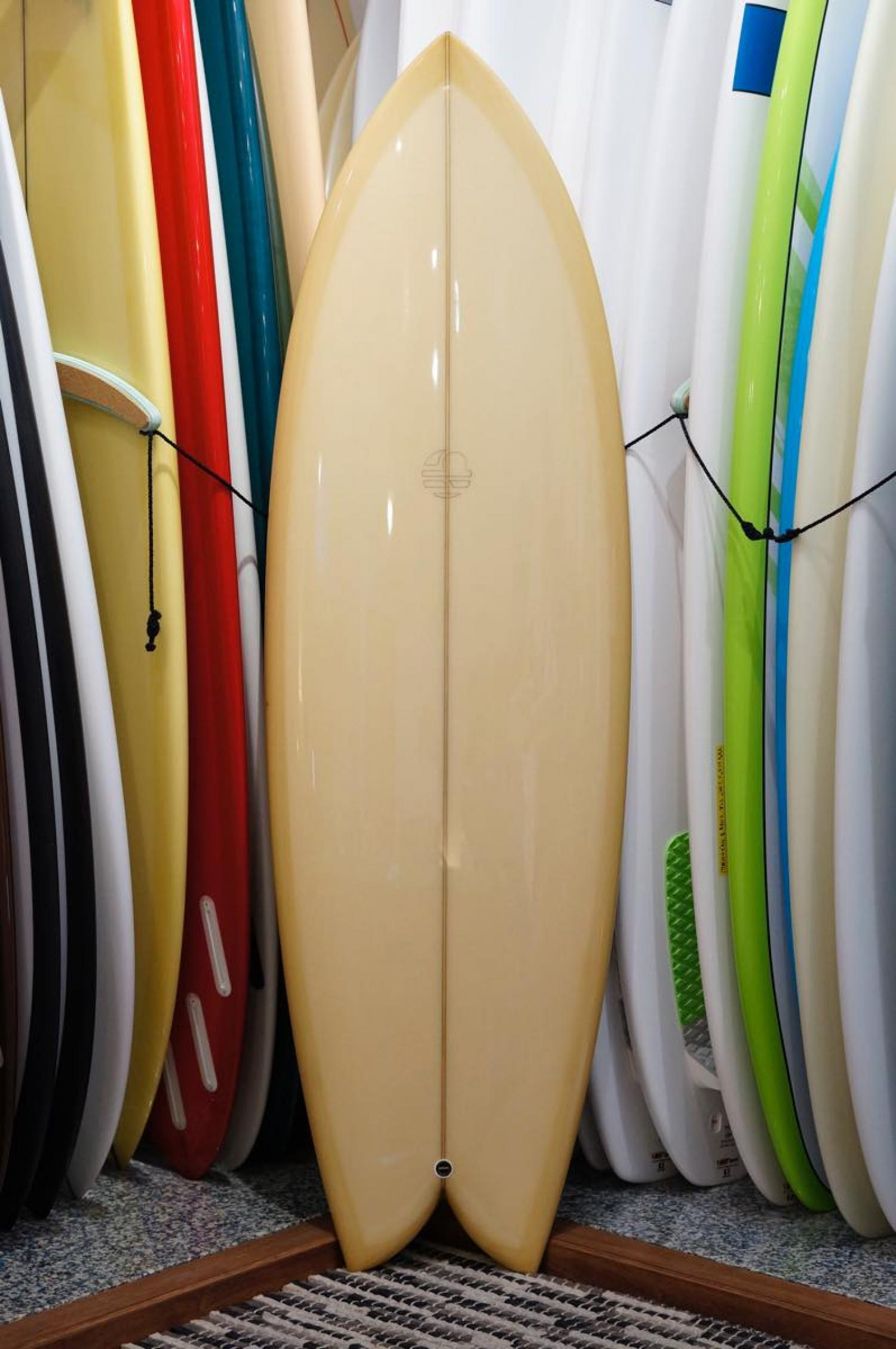 Mitsven Surfboards 5.8 Quad Fish