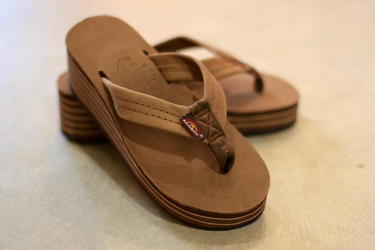 RAINBOW SANDALS WOMEN'S DARK BROWN