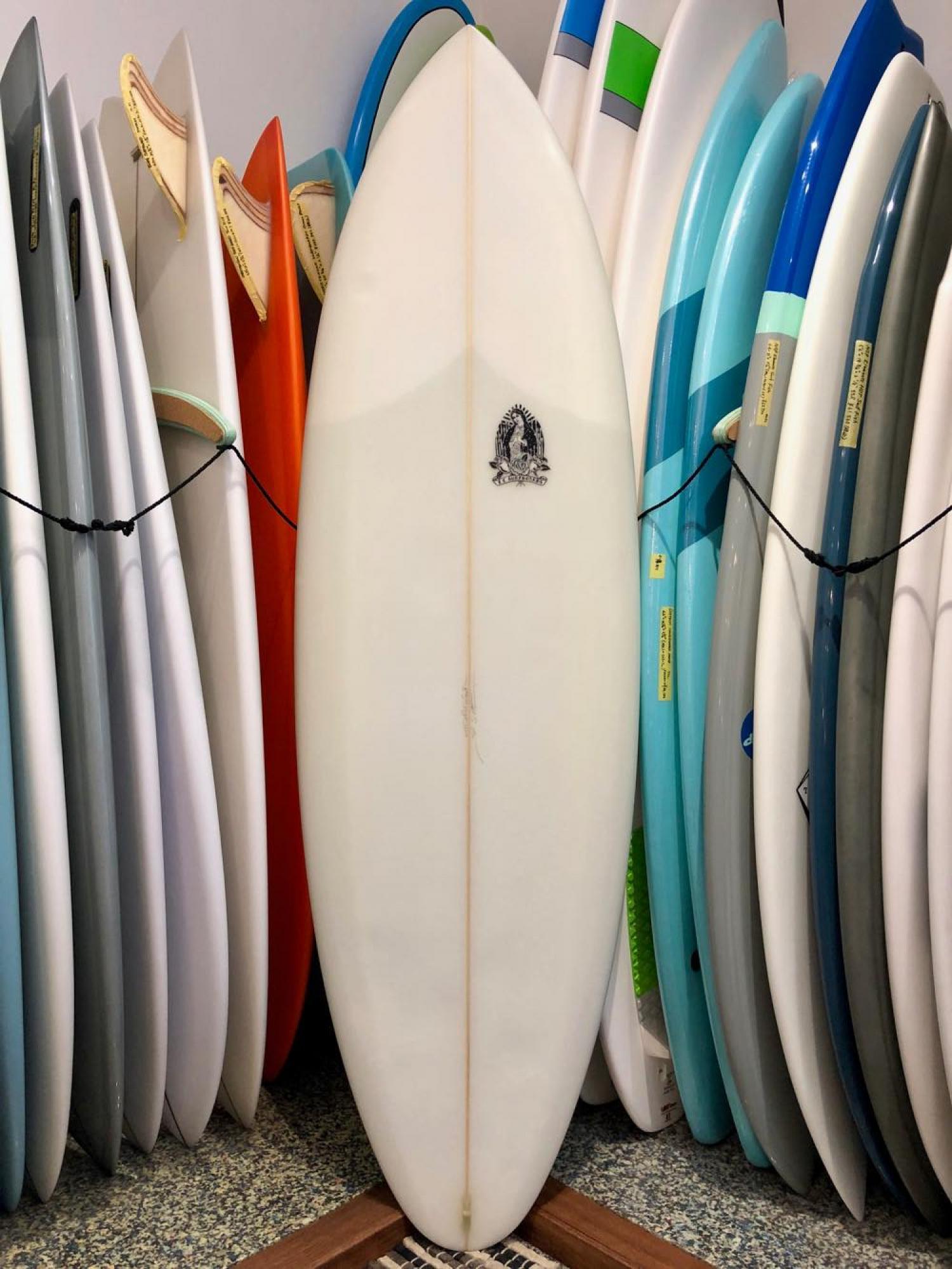 USED BOARDS(Chocolate Fish Surfboards DOES IT 6.0 1/2)