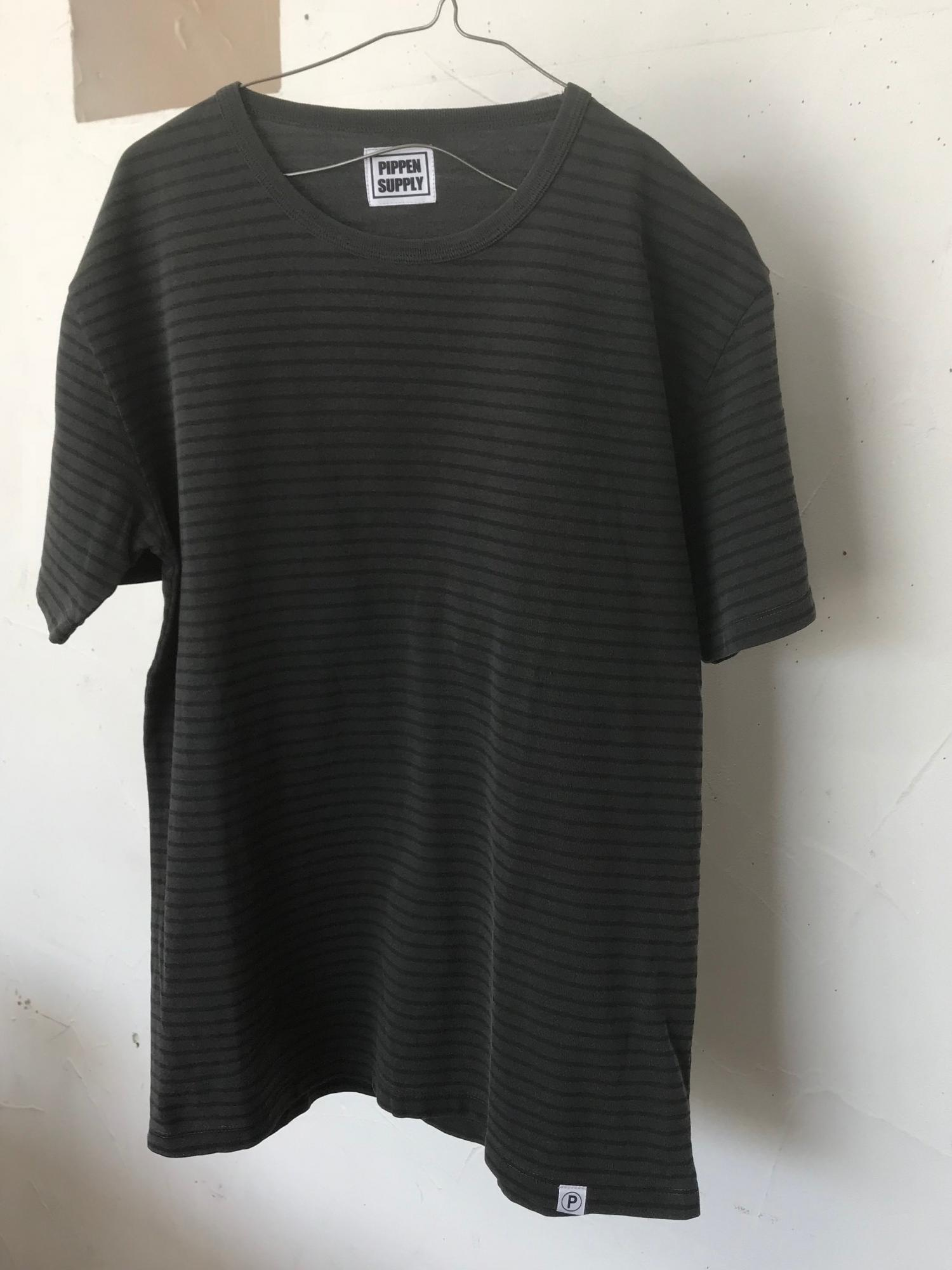 P SUPPLY. NAMINORI BorderTEE  Charcoal border