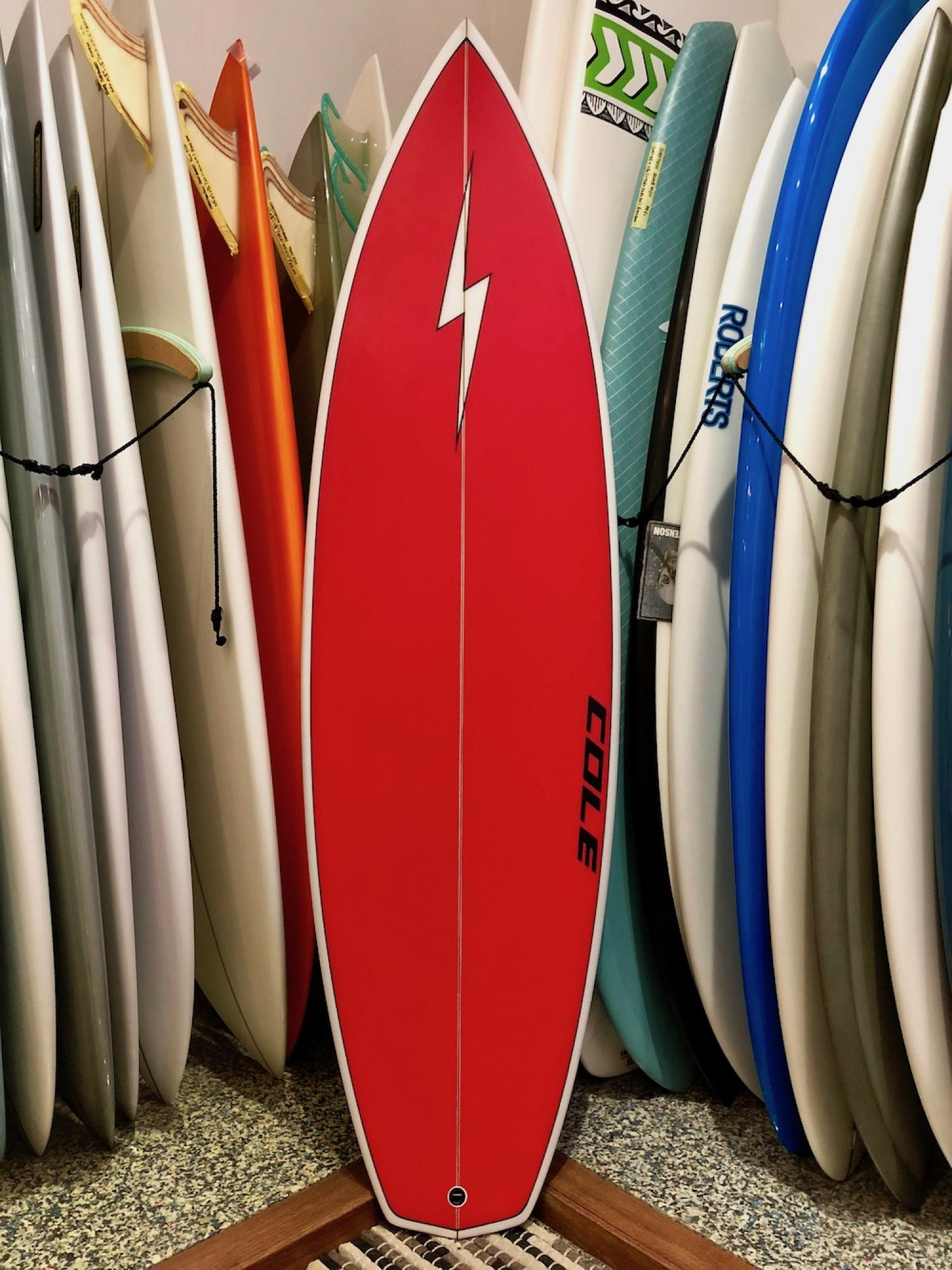 USED BOARDS (Slingshot COLE SURFBOARDS 5.9)