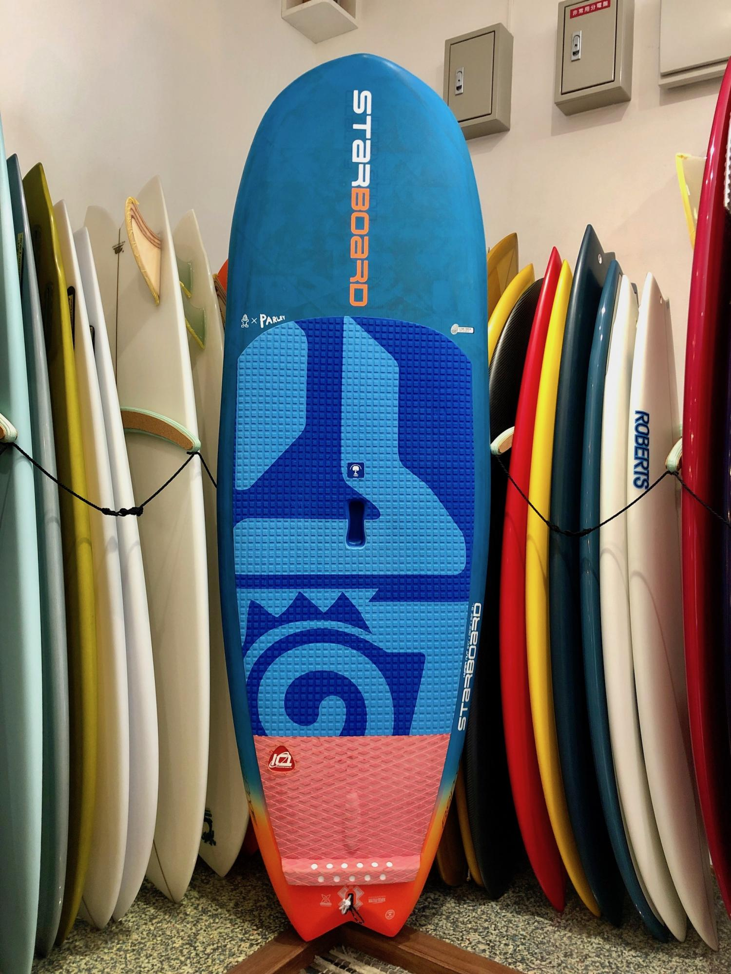USED BOARDS ( STARBOARD Sup Board 6.10 Hyper Nut Carbon Balsa)
