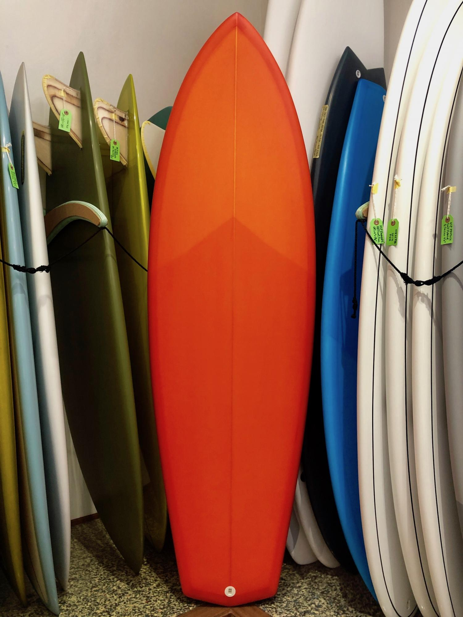 RMD SURFBOARDS 5.10 Fire ball