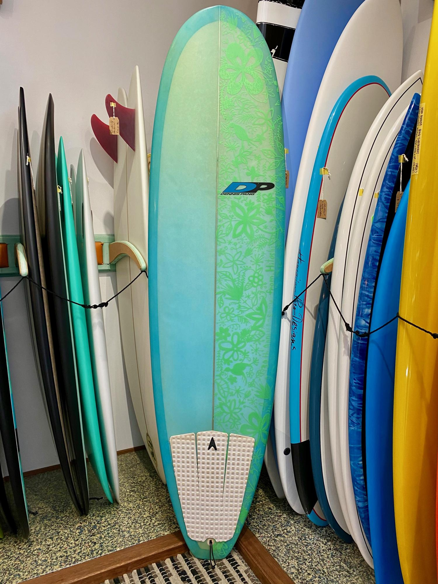 USED BOARDS (DENNIS PANG Surfboards 7.2)