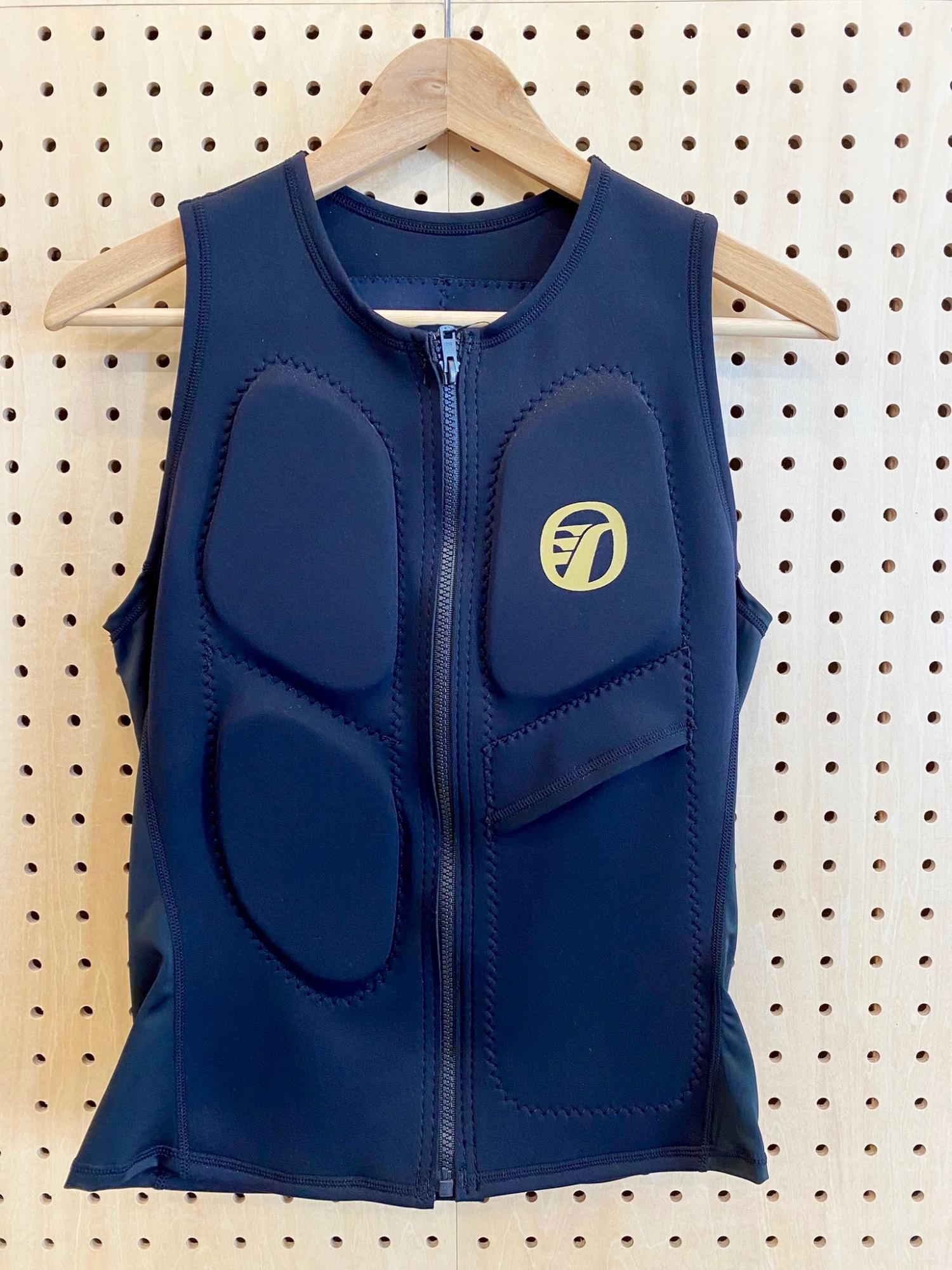 RINCON Water Support Vest Gold logo