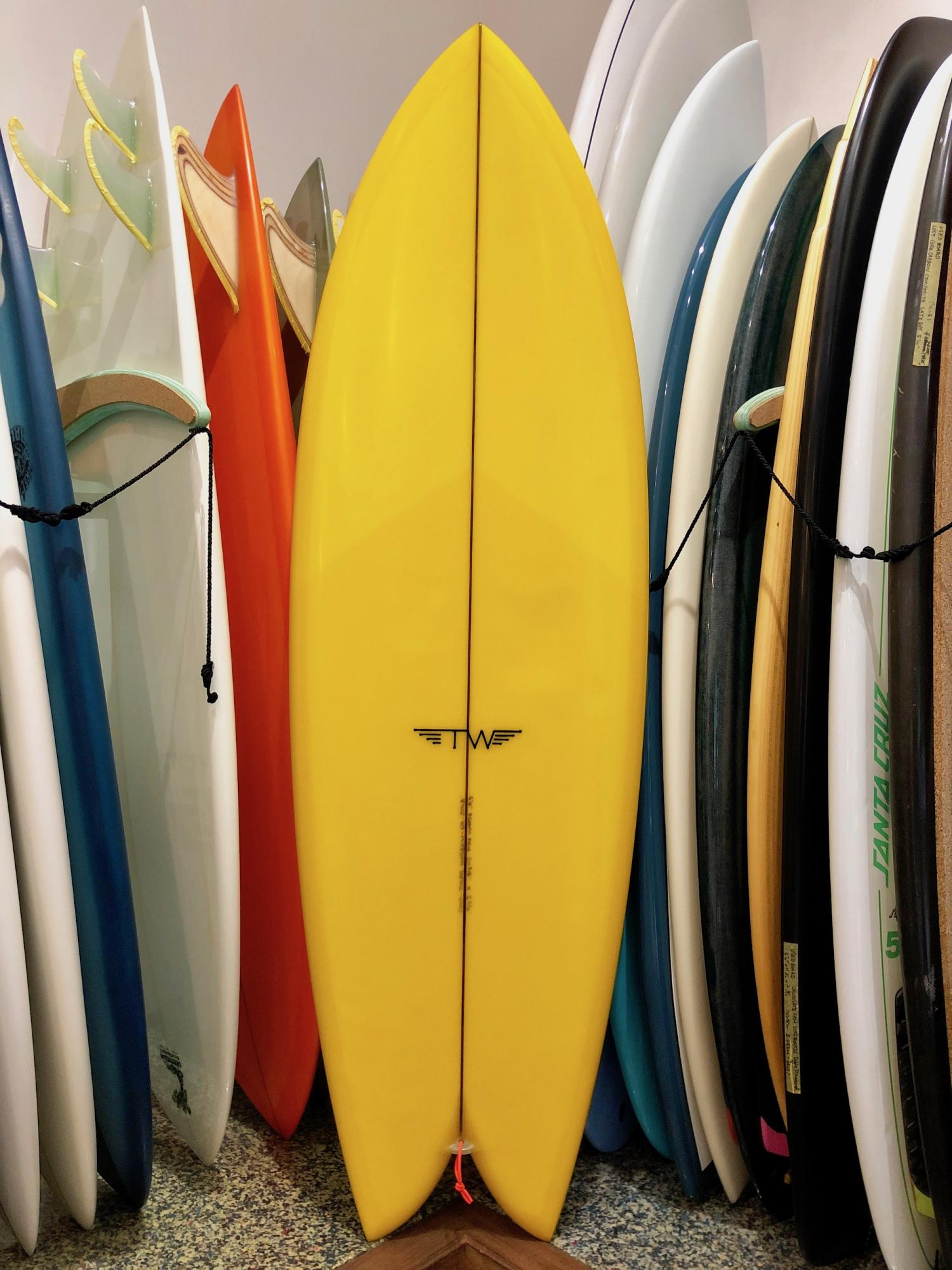 USED BOARDS (Tyler Warren Surfboards Dream Fish 5.6)